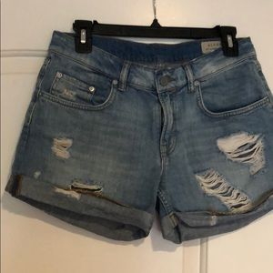 Short blue super cute